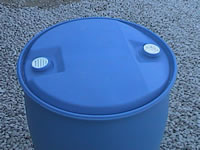 WATER HARVESTING RAINBARREL WITH SINGLE OR DOUBLE TAP